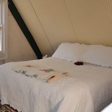 Enjoy a peaceful nights sleep at Ironbark Cottage