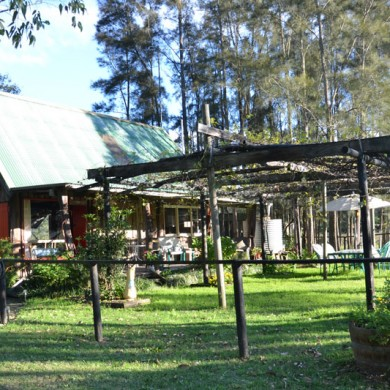 Your own little piece of Hunter Valley Wine Country .. Ironbark Cottage @ Wollombi Wines